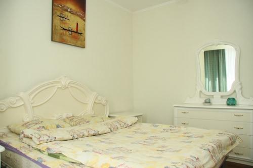 Apartment Kiev Standart, Pechers'kyi