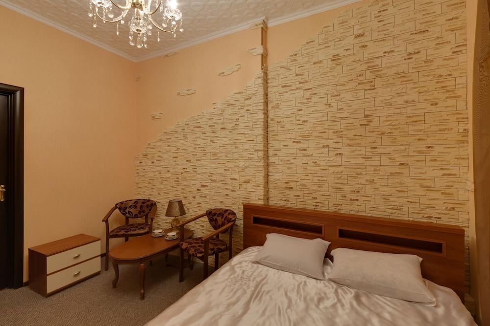 Отель «Покровский»
