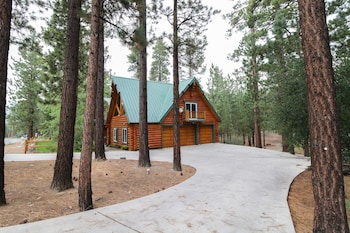 The Timber Lodge Vacation Home 4 Bedroom