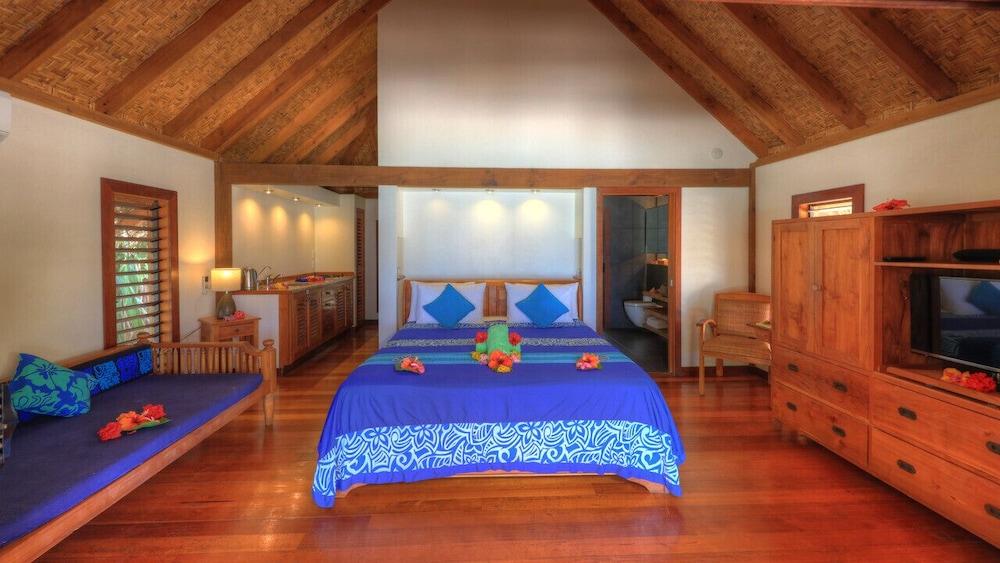https://i.travelapi.com/hotels/22000000/21420000/21415900/21415849/6e244c64_z.jpg