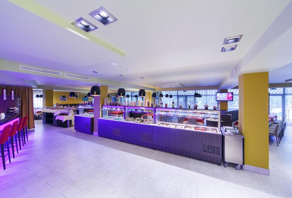 Конгресс-отель «Пуща»