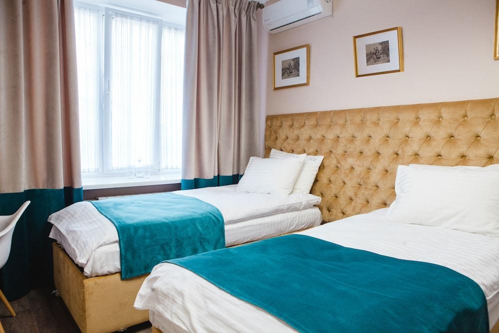 Отель «Жить. Здесь_Live.Here»
