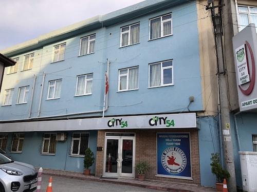 Kampus City 54, Merkez