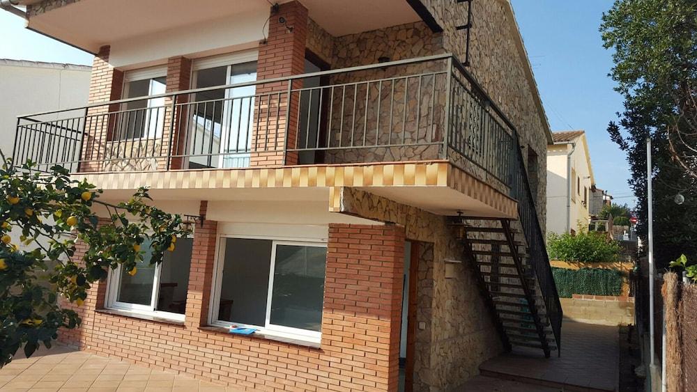 Apartamentos Maniu