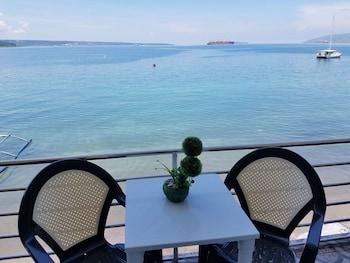MANGO'S BEACHFRONT RESORT Balcony