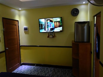 MANGO'S BEACHFRONT RESORT Room