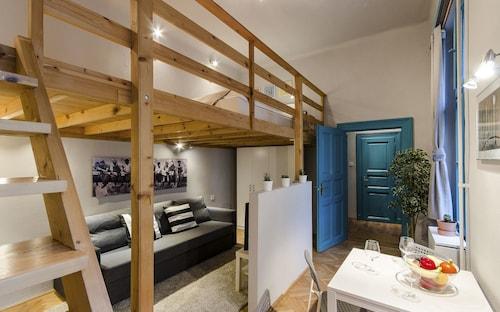 Canella Apartment, Budapesti