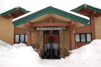 Scandinavian Lodge and Condominiums - SL302