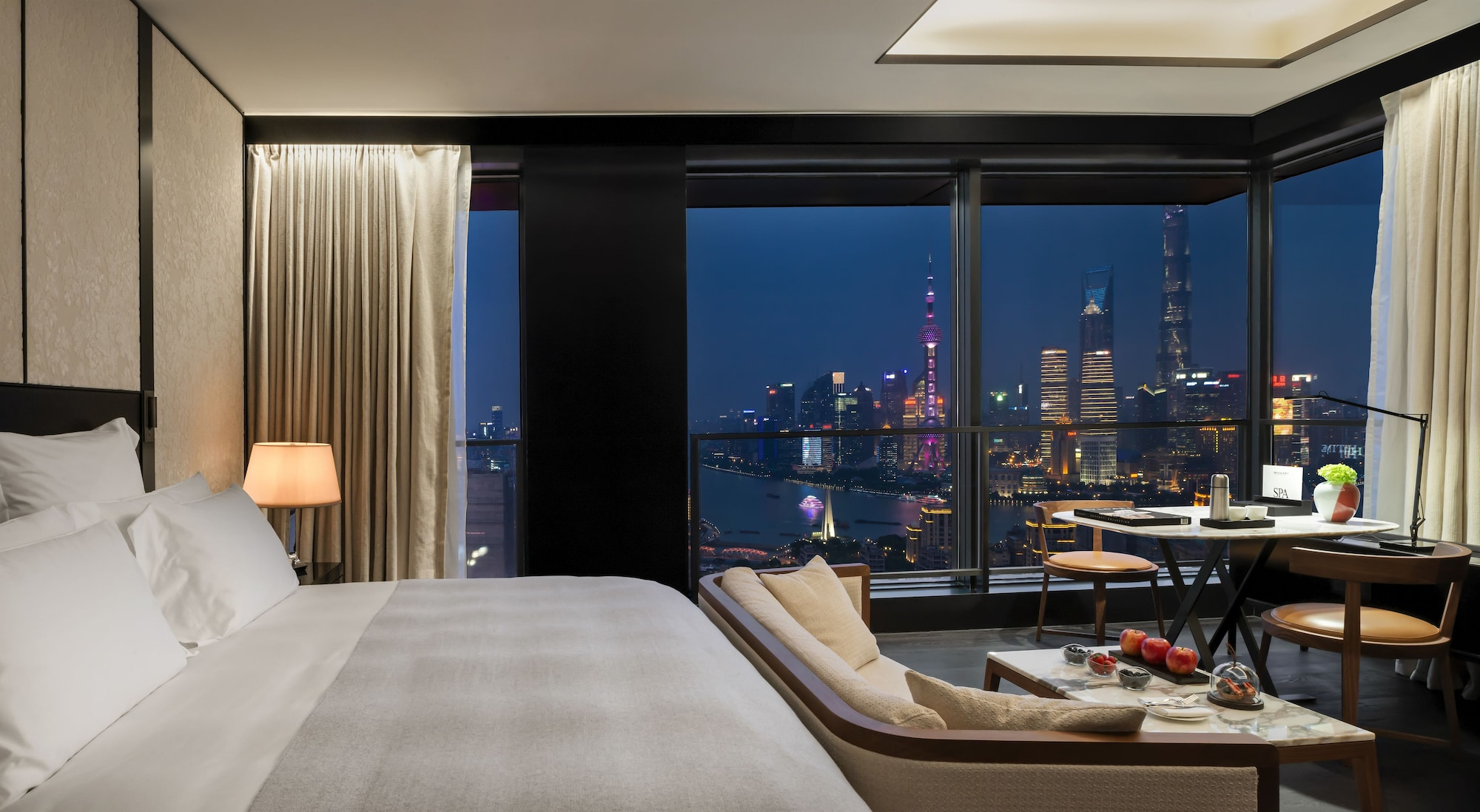 Premium Room, 1 King Bed, Bund View