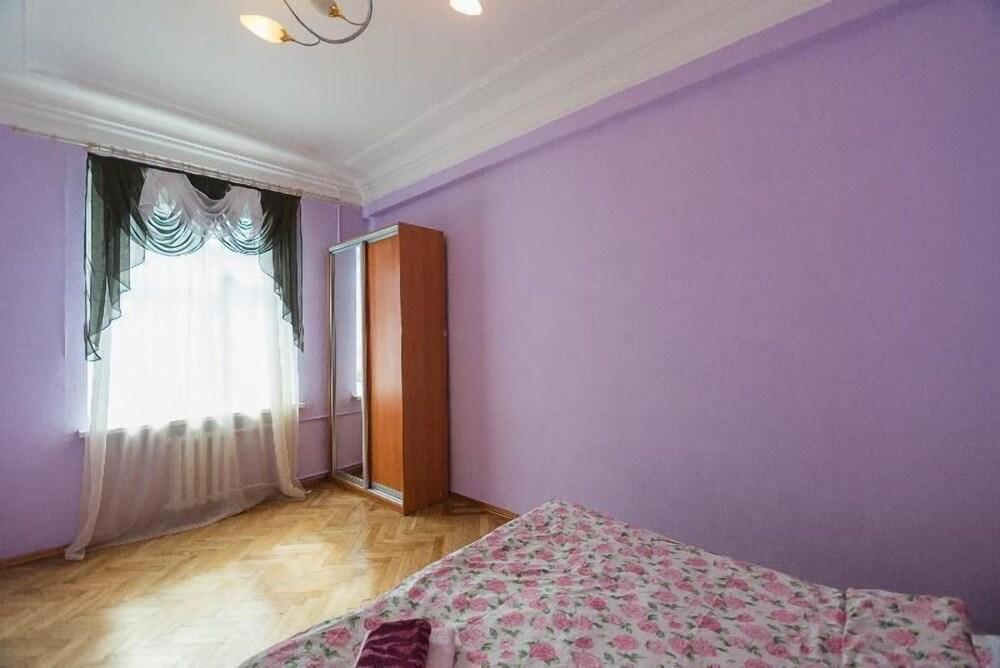 Апартаменты Kiev Accommodation на ул. Прорезная