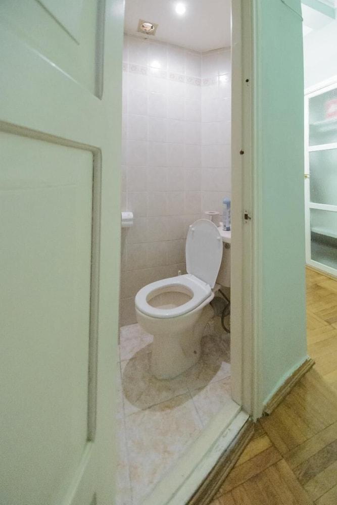 Апартаменты Kiev Accommodation на ул. Круглоуниверситетской