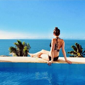 BINTANA SA PARAISO Terrace/Patio