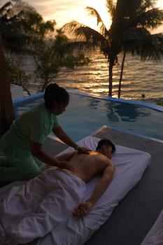 BINTANA SA PARAISO Spa Treatment