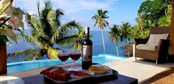 BINTANA SA PARAISO Lounge