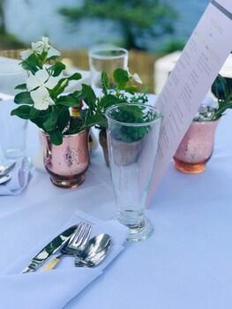 BINTANA SA PARAISO Reception