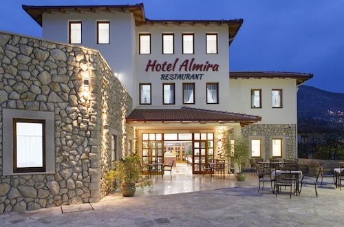 __{offers.Best_flights}__ Hotel Almira