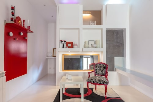 Rosso design alla Kalsa, Palermo