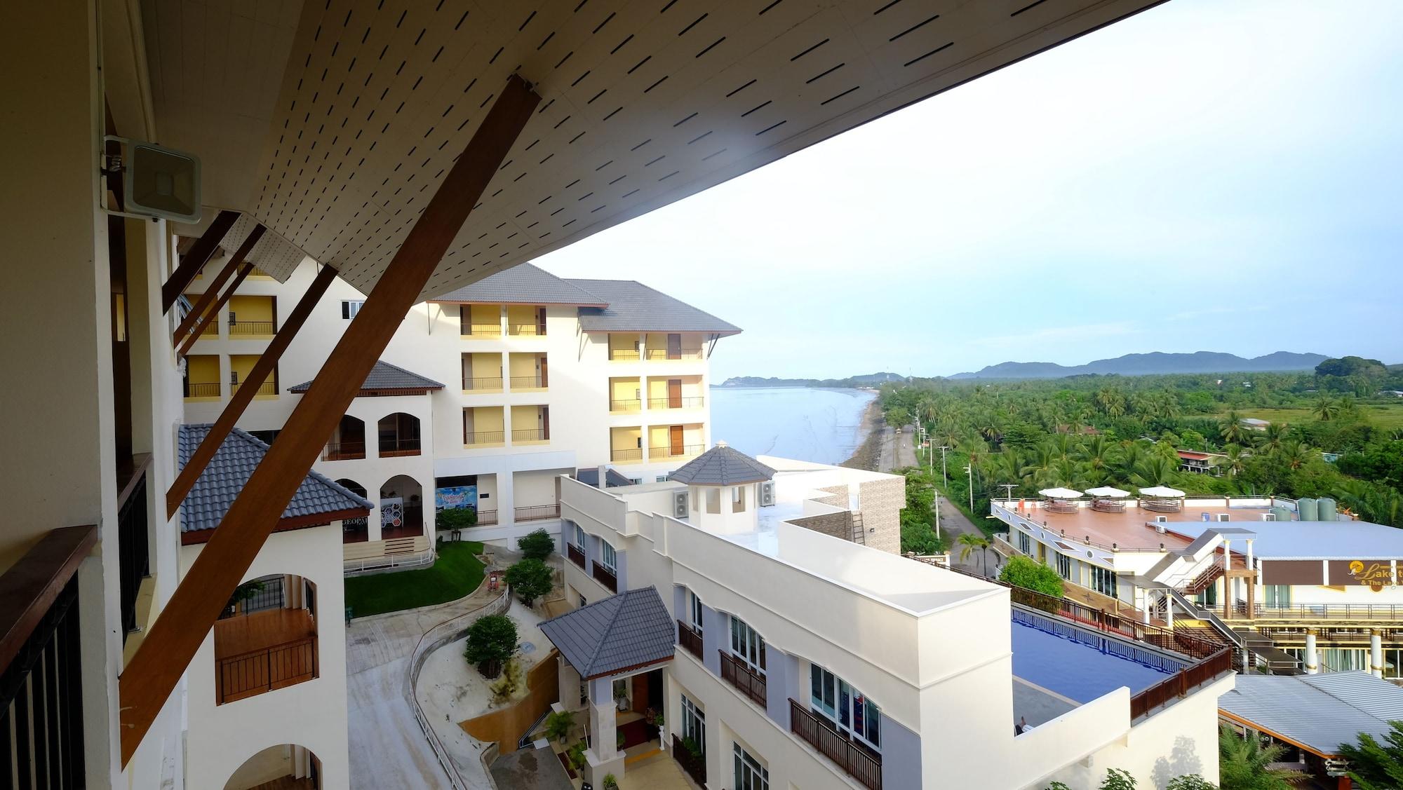 Royal Hill Satun Hotel, Langu