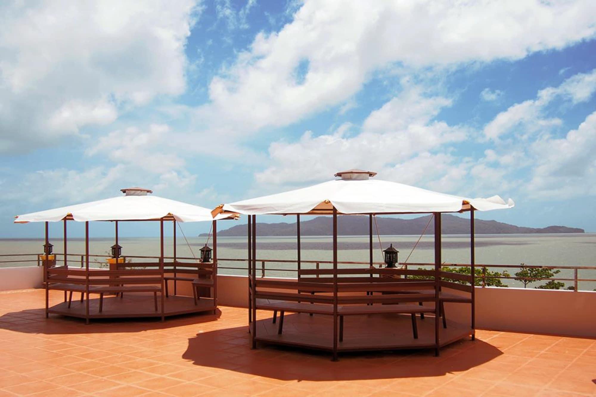 Laketerrace Resort, Langu