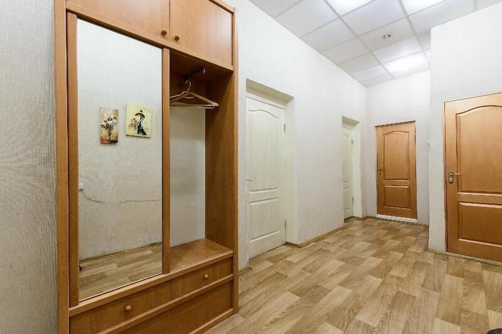 Апартаменты Kiev Accommodation на ул. Богдана Хмельницкого