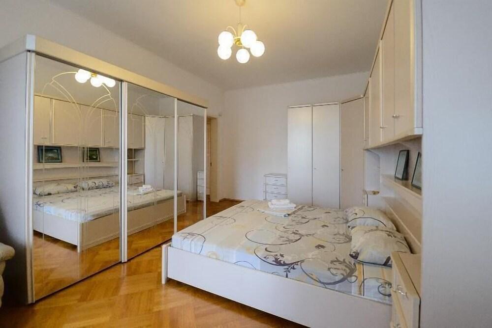 Апартаменты Kiev Accommodation на ул. Лютеранской