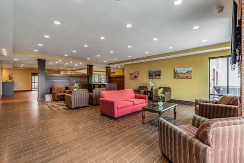 Clarion Inn & Suites Hurricane Zion Park Area, Washington