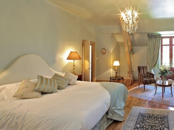 Superior Double or Twin Room, Ensuite (Milandes)