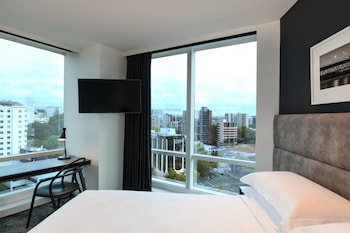 Auckland Vacations - Four Points by Sheraton Auckland - Property Image 1