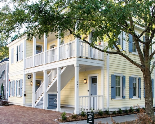 The Palmetto House Inn, Charleston