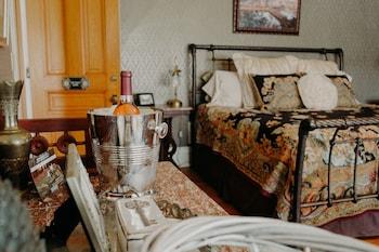 Suite, 1 King Bed (St. Croix Suite)