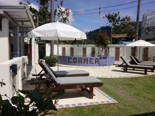 The Corner Transit Hostel, Ko Samui
