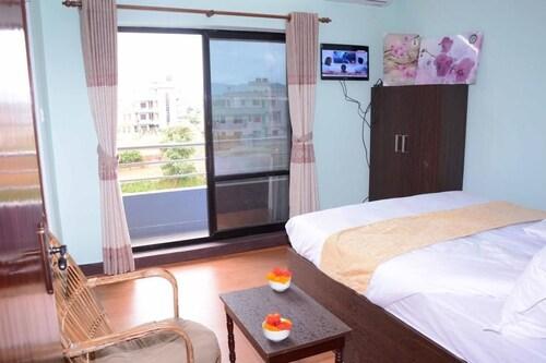 Hotel Golden Three, Bagmati