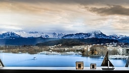Lucerne Lake View Apartments