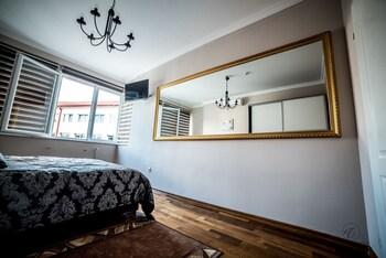 Deluxe Double Room, 2 Bedrooms, City View