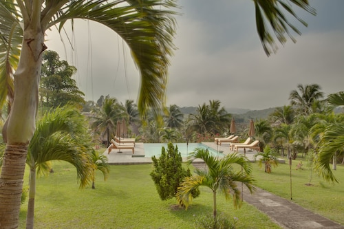 Cassia Hill Resort,