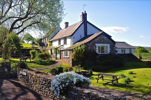 The Greyhound Inn & Hotel, Monmouthshire