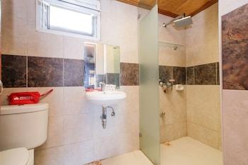 ZEN ROOMS SABANG BEACHFRONT Bathroom
