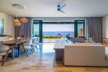 Baja Beach Front One Bedroom Suite