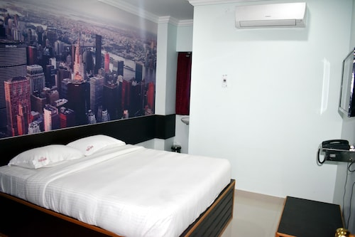 Hotel Apple Park Inn, Tiruchirappalli