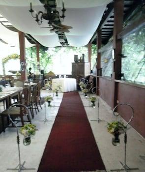 CHATEAU HESTIA Interior