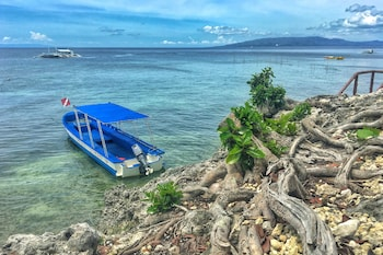 RELAX DIVERS BOHOL Boating