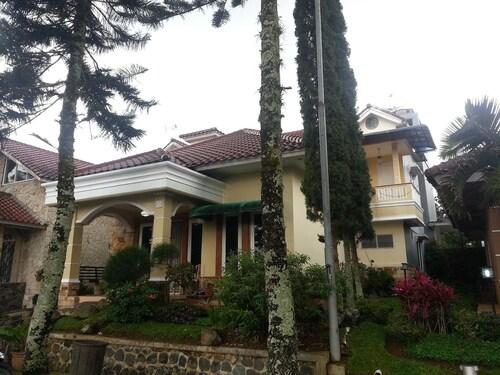 Villa Kota Bunga Blok C, Cianjur
