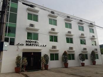 HOTEL LOLA NATIVIDAD Front of Property