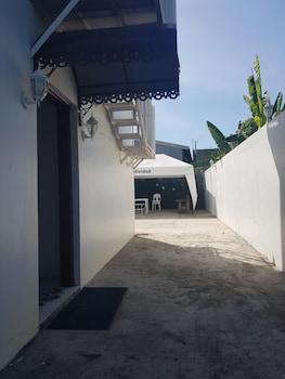 HOTEL LOLA NATIVIDAD Property Grounds