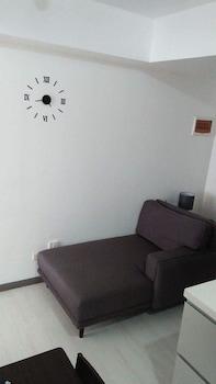 AZURE RESIDENCES BY VAN FLORENDO Living Room