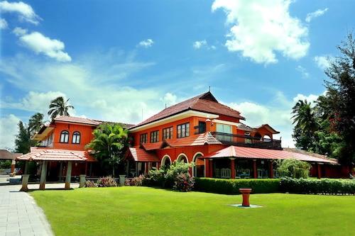 River Retreat Heritage Ayurvedic Resort, Palakkad