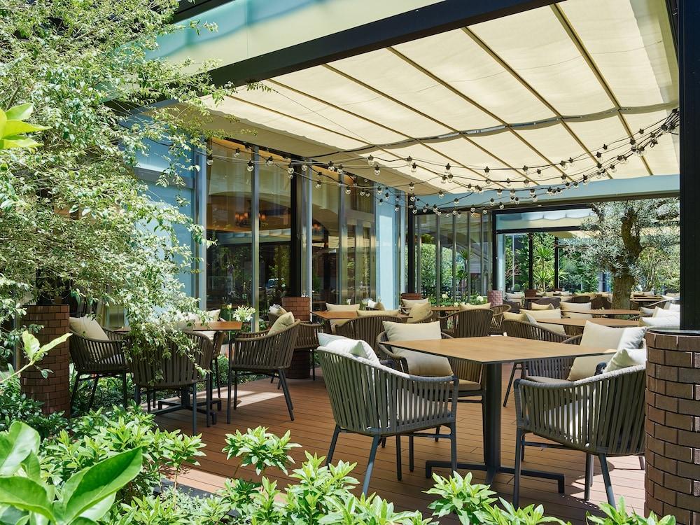 Mitsui Garden Hotel Gotanda Qantas Hotels