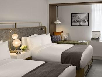 Standard Room, 2 Queen Beds, City View (New)