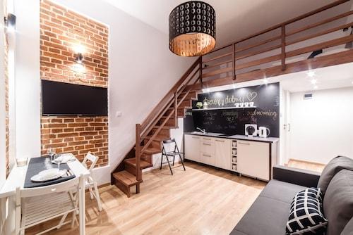 . 2 Nights Apartments