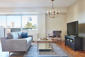 Modern 2BR in Mission Hill by Sonder